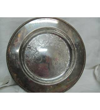 """Image of 10"""" White Metal Circular Tray Rodgers Rodgers"""