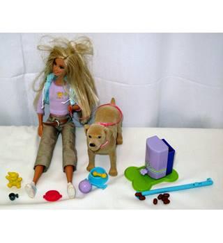 Mattel Barbie and Tanner Pooping Dog Set (2006)