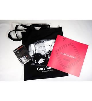 Gary Barlow In Concert 2018 Tour Souvenir Bag, Book, Key-ring and Lapel Pin