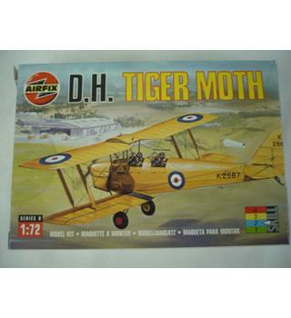 Vintage scale model kit - D.H. Tiger Moth Airfix