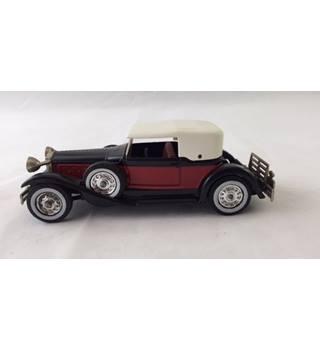 Packard Victoria 1930 Matchbox Yesteryear Die-cast Model Matchbox