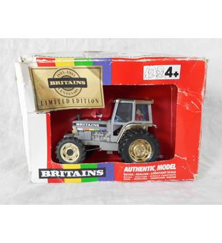 Britains Tractor limited edition 5892 Britains