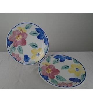 Johnson Bros Set of 3 Plates