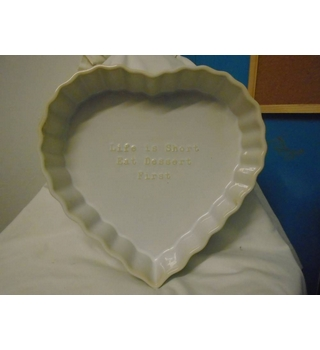 Large Heart Shaped Oven Dish With Crimped Edge